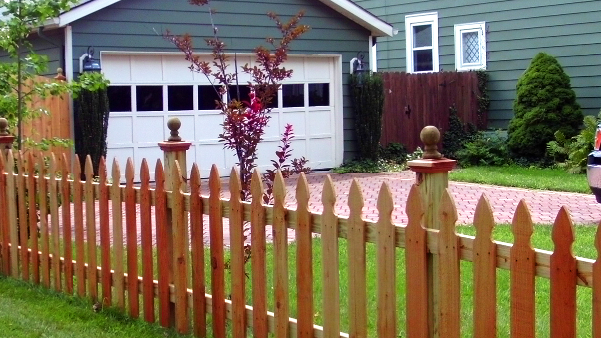 It's an American classic. The wood picket fence from Ashlee Fence.